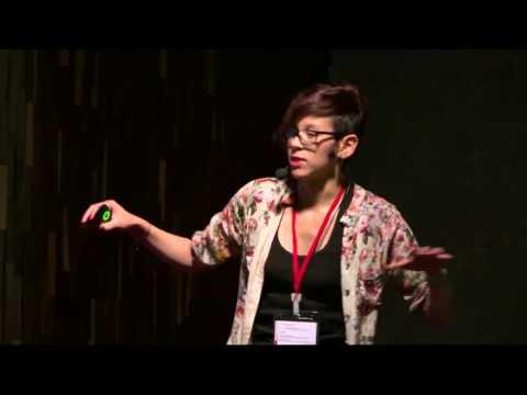 Del carro a la bicicleta | Evelyn Benavides | TEDxUniversidadPiloto