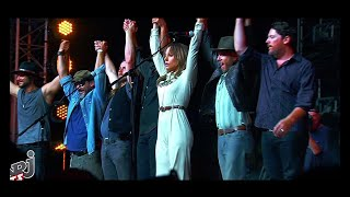Lady Gaga & Bradley Cooper - Shallow (Alternative Music Video / French Version).mp3