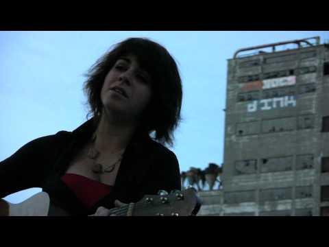 Lisa Leblanc - Y Fait Chaud