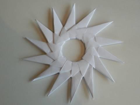 Origami Spitzer Stern