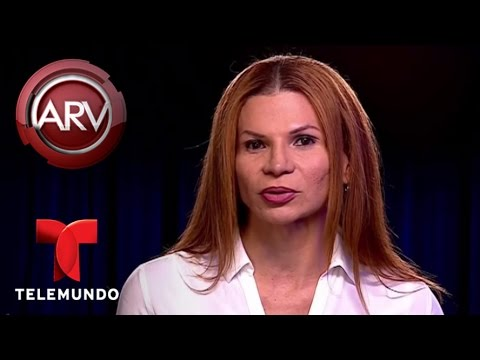 Aseguran que Mhoni VIdente predijo el arresto de Larry Hernández Al Rojo Vivo Telemundo