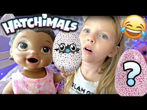 BABY ALIVE gets a PET (it's a HATCHIMAL) The Lilly and Mommy Show! The TOYTASTIC Sisters. FUNNY SKIT