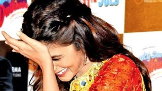 Alia Bhatt Funny Moment With Media Reporter At Kapoor & Sons Promotions!