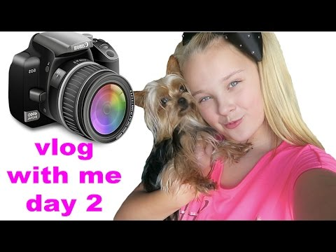 VLOG WITH ME! - DAY 2