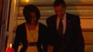 Raw Video: Obama Arrives in London