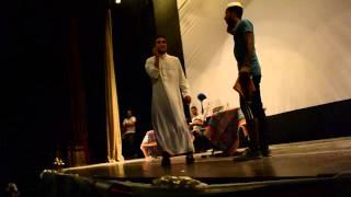 مسرحية كوميدية من نشاط خدمات طبية في ميني كامب رسالة 20