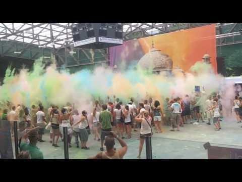 Holi Festival of Colors BASEL/Schweiz - World's BIGGEST color party