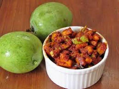 Maharashtrian Mango Pickle (Maharashtrian Amm ka Achar ) + Giveaway Result