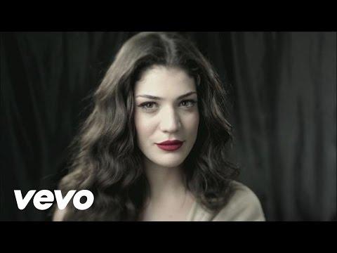 Ivi Adamou La La Love