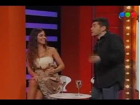 El reencuentro de Natalia Fassi y Carlos Tevez 05 09 09 P.1