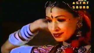 INDIAN OONCHI NEECHI HAI DAGARIA - CHORI CHORI - YouTube.MP4