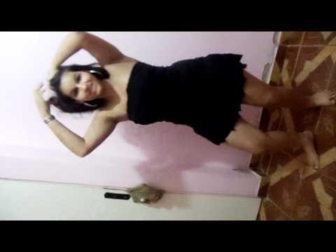 Daniely dançando funk