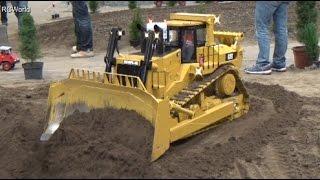 XXL Caterpillar D11T Bulldozer + Liebherr Dozer Raupe Planierraupe ♦ RC Modellbaumesse Leipzig