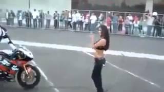 Hoty girl kiss with bike boy must