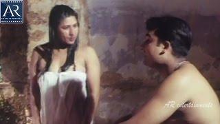 Ee Reyi Teeyanidi Movie Scenes | Honeymoon Couples Enjoying in Lake | AR Entertainments