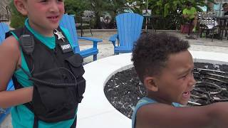 Cops and Robbers Amazing Police Chase at Resort