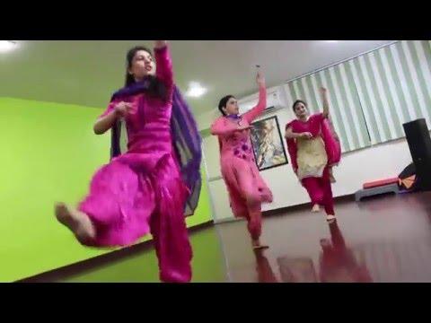 Xxx Mp4 Ghagre Di Lauwn Dildariyaan Jassi Gill Sagarika Ghatge Kaur B Punjabi Dance Video 3gp Sex