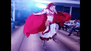 Best bollywood dance moves by Russian DANCER