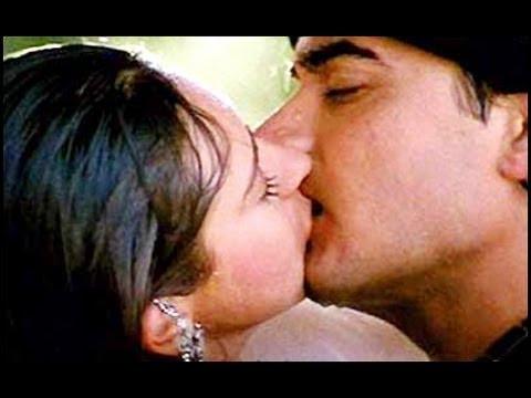 Xxx Mp4 Aamir Khan Karishma Kapoor S Hot Uncensored Kiss From Bollywood Hindi Film Raja Hindustani 3gp Sex