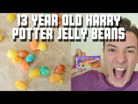 Eating 13 Year Old Harry Potter Bertie Bott's Jelly Beans | Fan Package | WheresMyChallenge