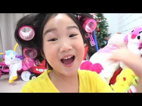 宝蓝公主打扮自己的頭髮!為客人設計髮型的梳妝台