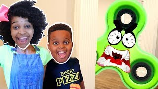 1000 MPH FIDGET SPINNER vs Bad Baby Shiloh And Shasha - Onyx Kids