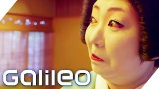 Fünf Gegenstände, die für eine Geisha unverzichtbar sind | Galileo | ProSieben