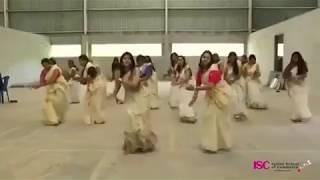 Jimiki Kammal Kerala Aunties awesome dance Onam Special