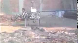 شاب مصرى يخترع طائرة هليكوبتر من الحديد الخردة