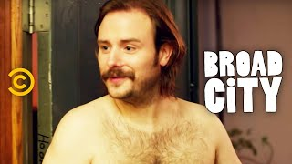 Broad City - Interrupting the Orgy