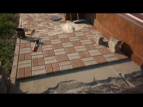 Как самому выложить тротуарную плитку видео