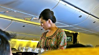 Singapore Airlines Impressive Economy Class: SQ866 Flight Review Singapore-Hong Kong (SIN-HKG)