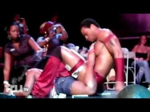 Woman Gets Her Freak On With A Male Stripper WATCH WHAT HAPPENS