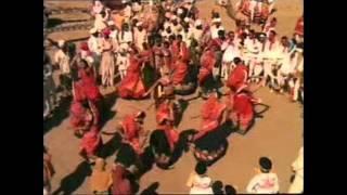 Maniyaro Te Halu Halu [Film: Lakho Fulani]