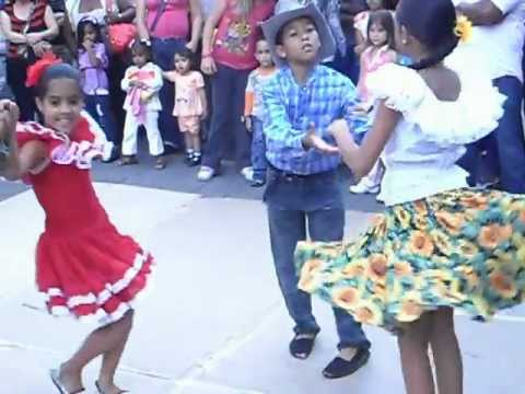 grupo joropiandolo cuento infantil demostrando como se baila el joropo llanero