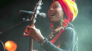Fatoumata Diawara Soncolo 2013
