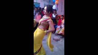 Jawani le dubi hot dance