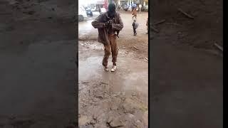 Mad man singing guoko kwa jehovah