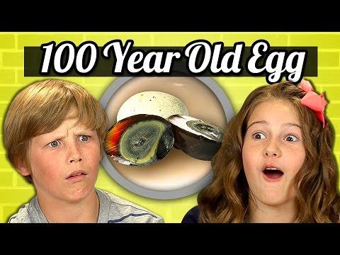 KIDS vs. FOOD 100 YEAR OLD EGG CENTURY EGG