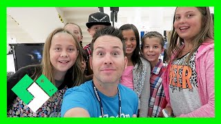 MEETING THE CLAN AT VLOGGERFAIR (8.22.15 - Day 1240)