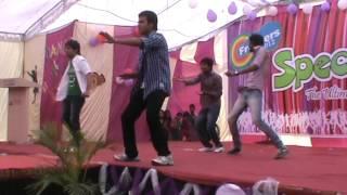 Bollywood dhamal-boys style