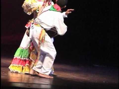 Colombia Baila Cumbia.wmv