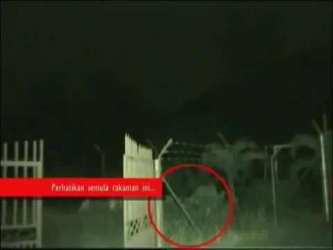 PENAMPAKAN KUNTILANAK TEREKAM CCTV