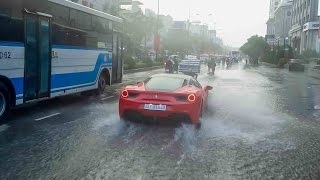 Siêu xe bất ngờ xuất hiện duới trời mưa Lamborghini Huracan, Ferrari F12, Ferrari 488 | TNTBros