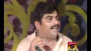 Aaima Khan vs Sharif Bahti clip06 flv   YouTube