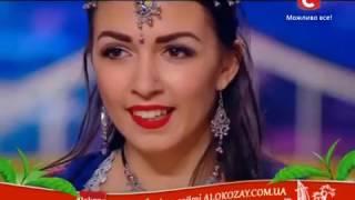 Bollywood Dance (CHIKNI CHAMELI) in