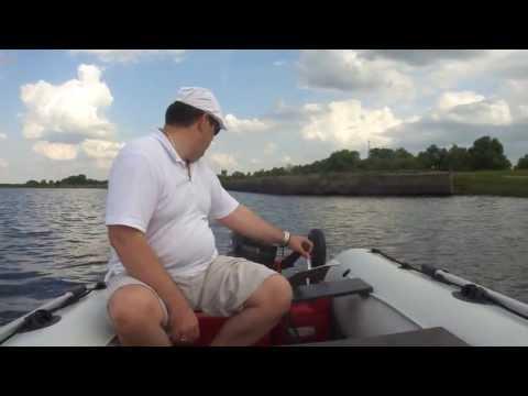 обкатка лодочного мотора гольфстрим 9.9 видео