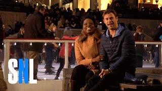 SNL Host Chris Hemsworth Tells Leslie Jones About Australia