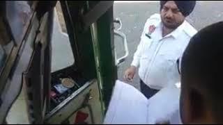 Kirtpur sahab me trefic police riswat lety huay