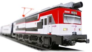 TRAINS FOR CHILDREN VIDEO: Pequetren Renfe 451 Ref. 685 Classic Train with Cap Driver Toys Review